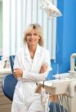Dentista de la mujer fotos de archivo libres de regalías