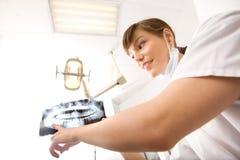 Dentista dei raggi X Immagini Stock Libere da Diritti