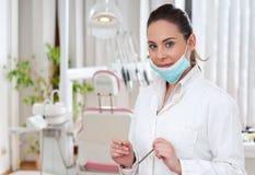 Dentista no escritório foto de stock royalty free