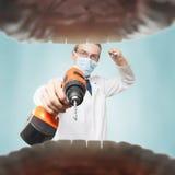 Dentista spaventoso fotografie stock libere da diritti