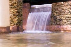 Dentro cachoeira Fotografia de Stock Royalty Free