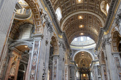 Dentro da basílica de Peter de Saint imagem de stock