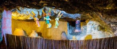 Dentro da caverna foto de stock