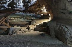 Dentro da caverna 2 imagem de stock