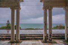 Dentro da costa georgian do oceano do preto do esta??o de caminhos de ferro fotografia de stock royalty free