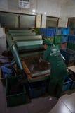 Dentro da fábrica do chá Imagens de Stock Royalty Free