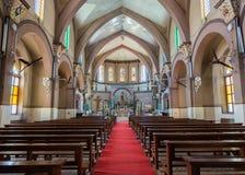 Dentro da igreja sagrado do coração em Bangalore. Imagem de Stock