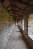Dentro das passagens nas paredes da fortaleza Oreshek perto de Shlisselburg, Rússia Imagem de Stock