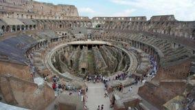 dentro de Colosseum, Roma, Italia, timelapse, 4k almacen de metraje de vídeo