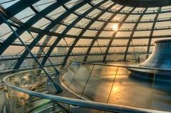 Dentro de la bóveda de Reichstag Imagenes de archivo