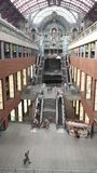 Dentro de la central Trainstation de Amberes Fotografía de archivo