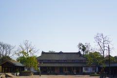 Dentro de la ciudadela La ciudad Prohibida imperial Recinto imperial Palacio de la tonalidad Tonalidad, Vietnam Foto de archivo libre de regalías