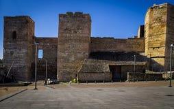 Dentro de la fortaleza medieval imágenes de archivo libres de regalías