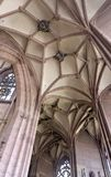 Dentro de la iglesia de monasterio de Freiburg-im-Breisgau Fotografía de archivo libre de regalías