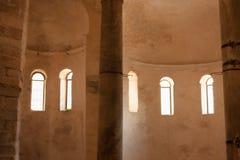 Dentro de la iglesia de St Donato Foto de archivo libre de regalías