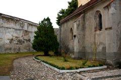 Dentro de la iglesia medieval fortificada en Ghimbav (Weidenbach), Transilvania Imagenes de archivo