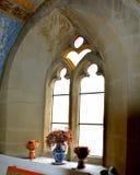 Dentro de la iglesia medieval fortificada en Ghimbav y x28; Weidenbach& x29; , Transilvania Imagenes de archivo