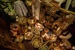Dentro de la iglesia ortodoxa en Pascua Fotografía de archivo libre de regalías