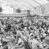 Dentro de las tiendas de Octoberfest Fotos de archivo
