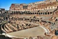 Dentro de Roma Colosseum Fotos de Stock Royalty Free