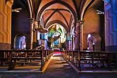 Dentro de Sainte-Marie de Roquefort Igreja em Landes Foto de Stock