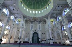 Dentro de Sultan Ahmad Shah 1 mezquita en Kuantan Imágenes de archivo libres de regalías
