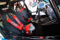 Dentro de um carro desportivo da tração na garagem na competição 09 da tração de Vinnytsia 07 2017, foto editorial Fotografia de Stock Royalty Free