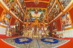 Dentro de um wat budista em Tailândia Imagem de Stock Royalty Free