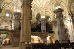 Dentro de uma catedral Imagem de Stock Royalty Free