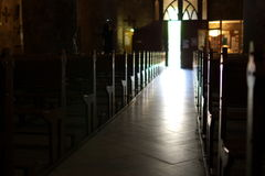 Dentro de uma igreja Fotos de Stock Royalty Free