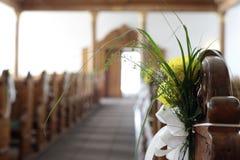 Dentro de uma igreja imagem de stock royalty free