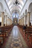 Dentro de uma igreja em Chia, Colômbia fotografia de stock