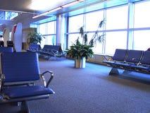 Dentro de un aeropuerto imagen de archivo libre de regalías