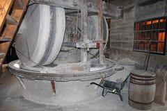 Dentro de un molino de viento fotos de archivo