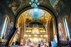 Dentro de una iglesia ortodoxa Fotografía de archivo libre de regalías