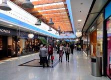 Dentro del centro comercial de Mediterraneo españa Fotos de archivo