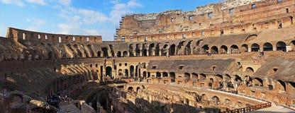 Dentro del Colloseum maravilloso en Roma Imagen de archivo