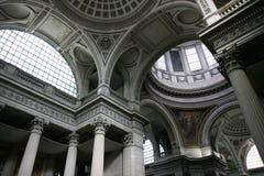 Dentro del panteón de París foto de archivo