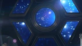 Dentro del spaceshuttle que viaja a través de espacio profundo almacen de video