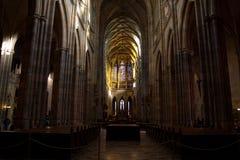 Dentro del St Vitus Cathedral Foto de archivo