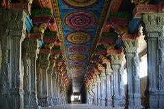 Dentro del templo hindú de Meenakshi en Madurai imagen de archivo libre de regalías