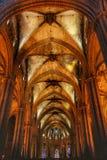 Dentro della cattedrale di Barcellona Immagini Stock