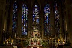 Dentro della cattedrale di Notre-Damme fotografie stock libere da diritti