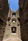 Dentro della torre del castello del raglan Fotografia Stock