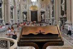 Dentro do Archbasilica papal de St John no Lateran Foto de Stock