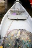 Dentro do barco com rede de pesca fotografia de stock