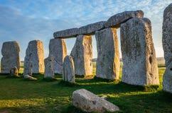 Dentro do círculo em Stonehenge foto de stock