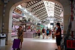 Dentro do ` central de Mercat do ` marcado famoso em Valência imagens de stock