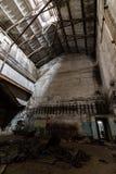 Dentro do central elétrica abandonado Imagens de Stock Royalty Free