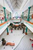 Dentro do interior da alameda da cidade de Alberton em Joanesburgo fotografia de stock